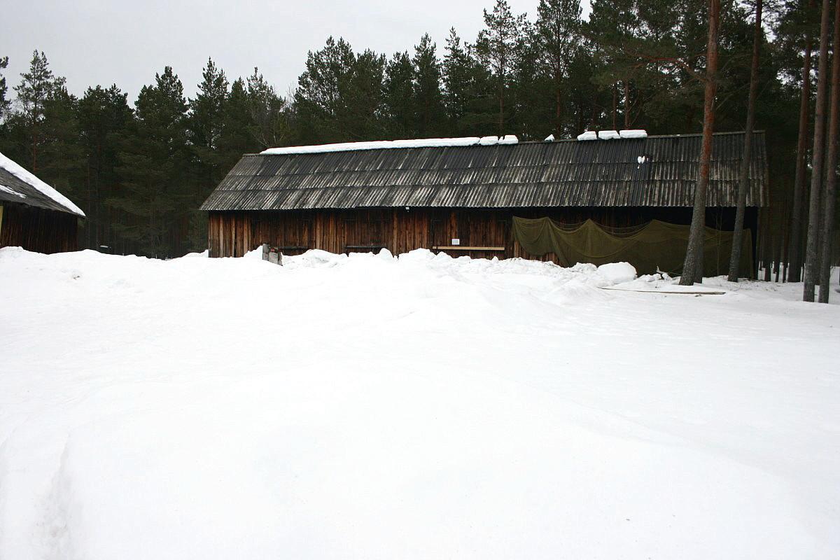märts 2011